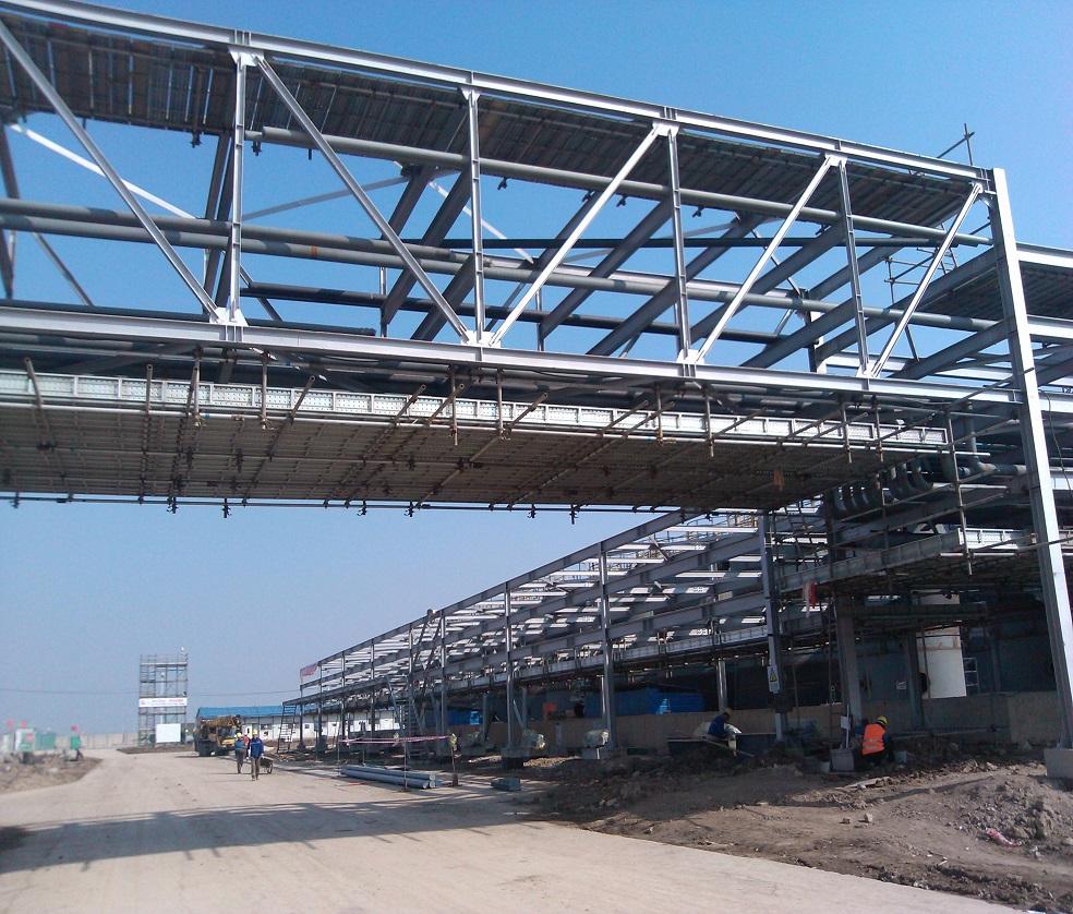 商城桥梁装饰钢管脚手架搭建