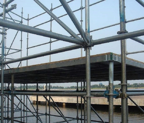电力维修跨越钢管脚手架加固
